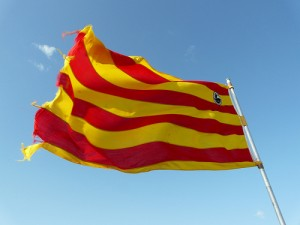 Senyera 300x225 Catalan statute furore makes nearly everyone a loser