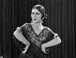 Concha Piquer: copla star and possibly a 20th century movie pioneer.