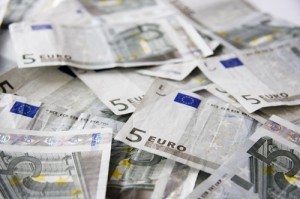 Euros 300x199 Pound to euro rate rises on ECB loan scheme