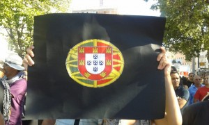 PortugalFlag 300x180 Portuguese take to streets against austerity