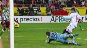 Reyes scores against Betis.